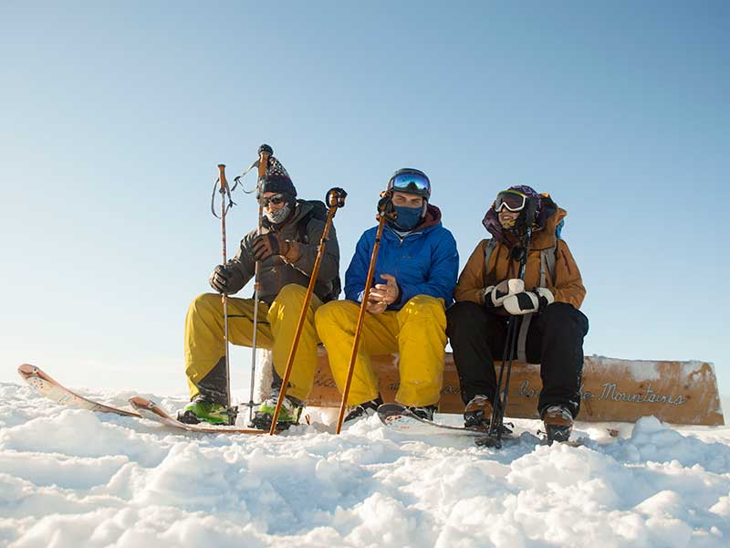 friends ski touring