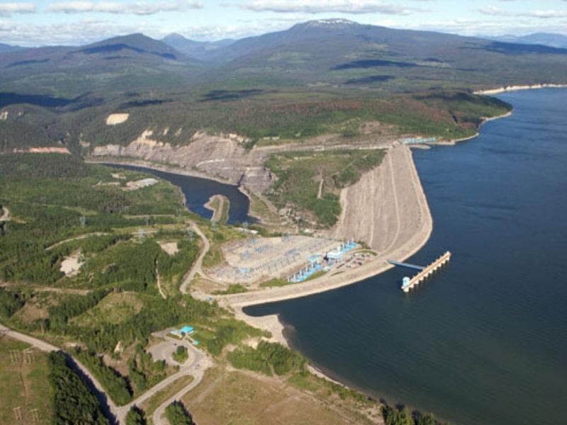 Williston Reservoir dam